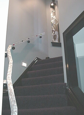 aluminum abstract hand railing