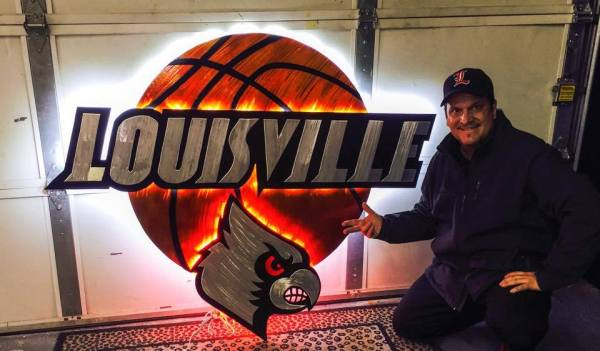 louisville basketball sign