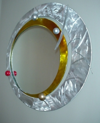 Beautiful Mirror in brushed aluminum and contemporary style mirror. Mirror  WJ95